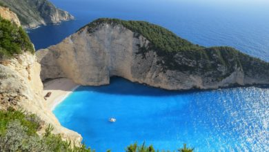 السياحة في أثينا وسانتوريني باليونان - أهم المزارات السياحية وأشهر المأكولات وأفضل الفنادق ونصائح السفر