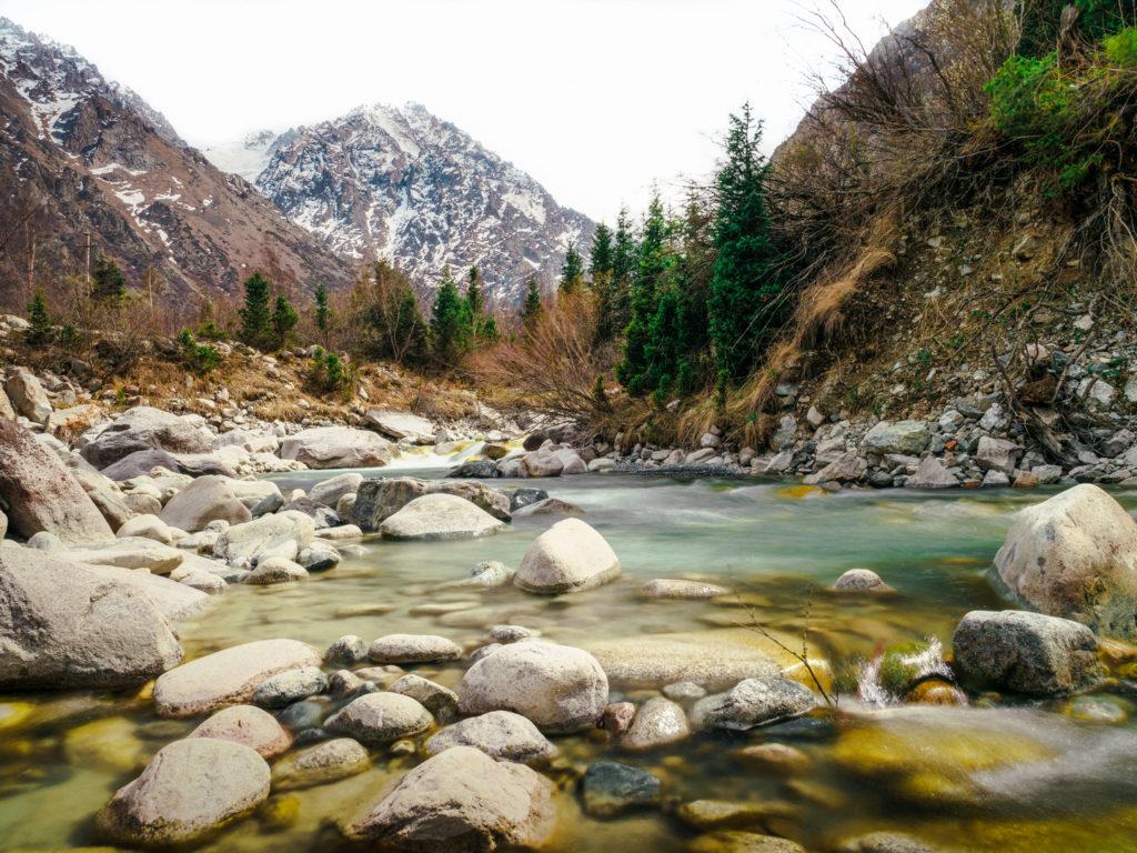 السياحة في قيرغيزستان- أهم المزارات السياحية