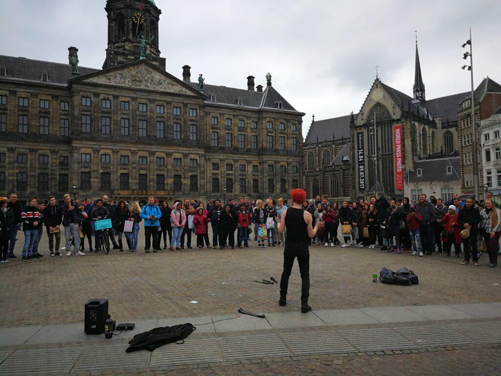 جولة سياحية بالصور في وسط مدينة أمستردام الهولندية
