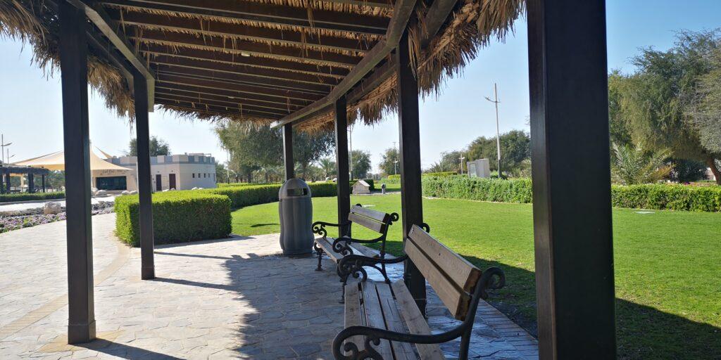 جولة بالصور في حديقة نخيل دبي بمنطقة العوير في مدينة دبي الإماراتية