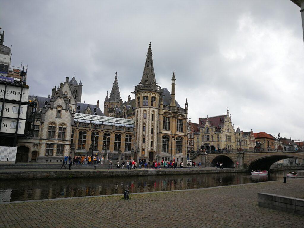 الأماكن السياحية في مدينة غنت البلجيكية
